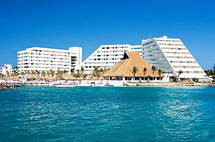 F&B Director job – Cancun Family hotel 800 rms | Hospitality